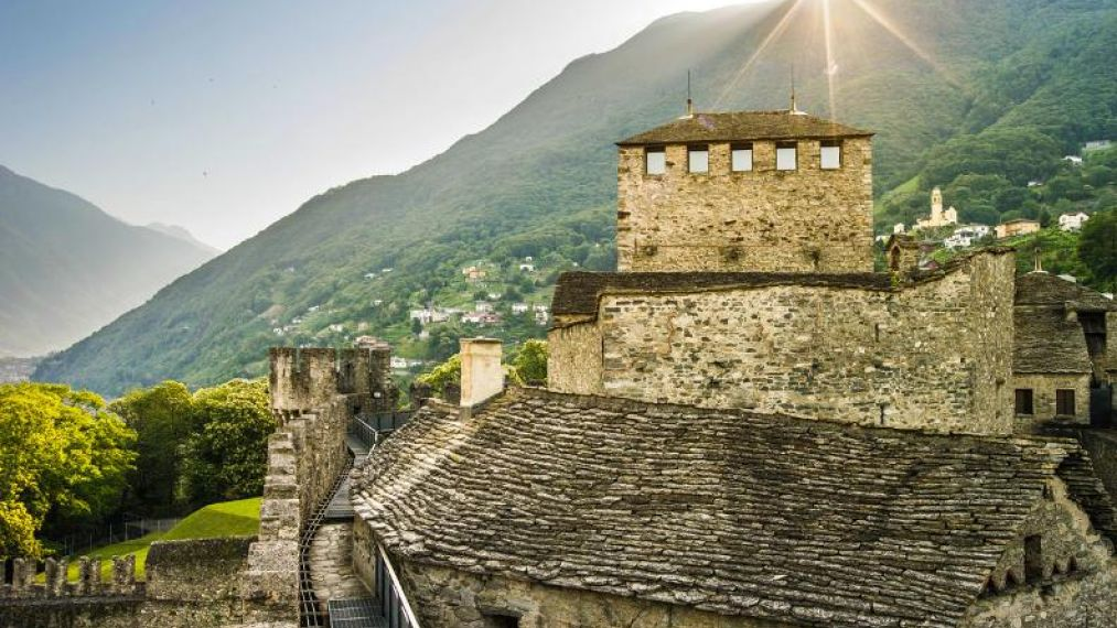 castelli-bellinzona-dettaglio.jpg