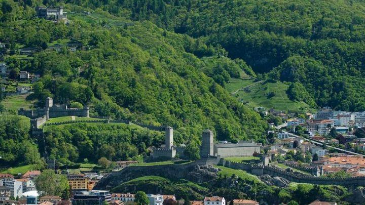castelli-bellinzona.jpg